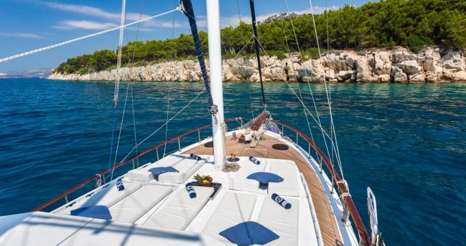 Rental Sailboat in Trogir -  Gulet San