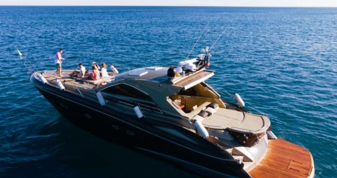 Hire Yacht with or without skipper Sunseeker Calafat