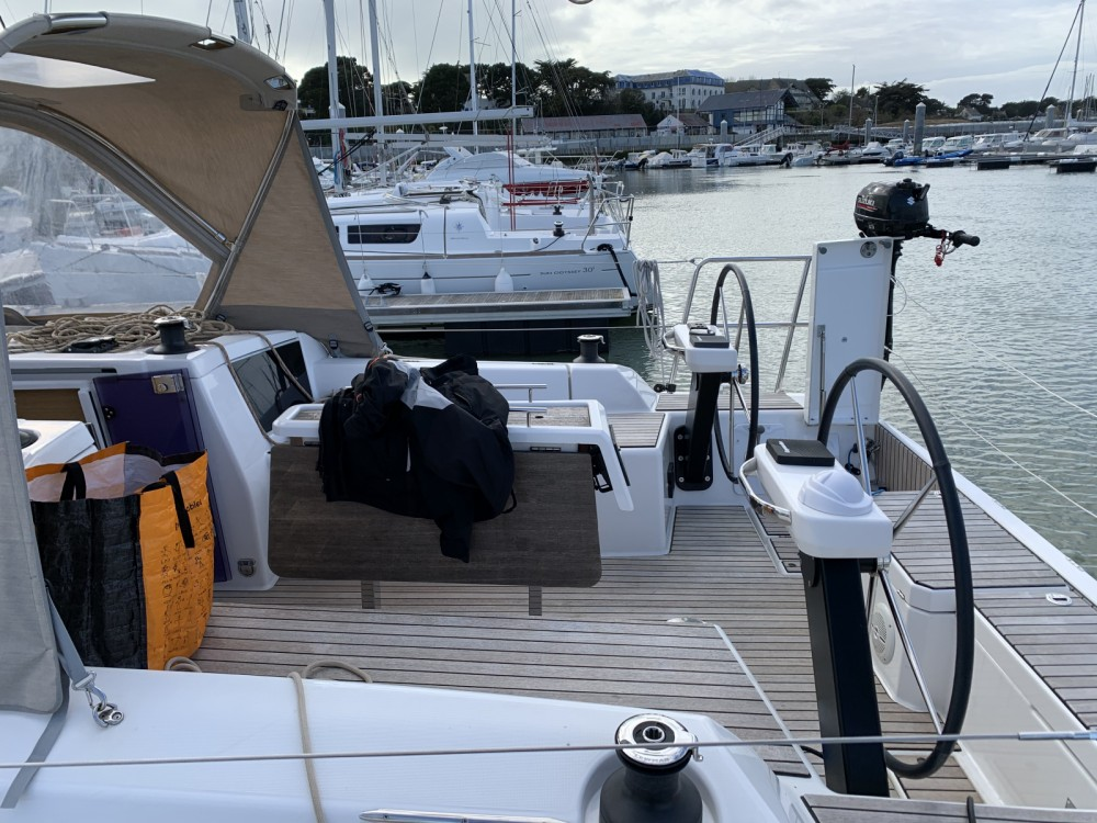 Hire Sailboat with or without skipper Dufour Quiberon