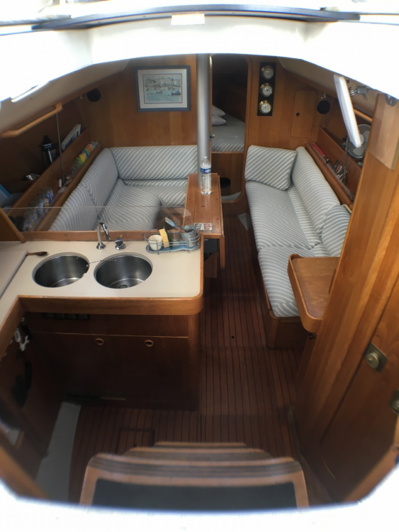 Boat rental Quiberon cheap OCEANIS 350