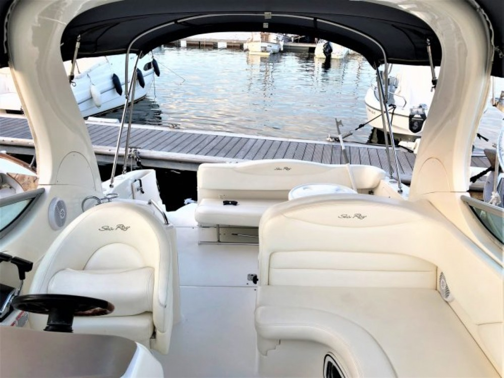 Rental yacht Maó - Sea Ray Sea Ray 315 Sundancer on SamBoat