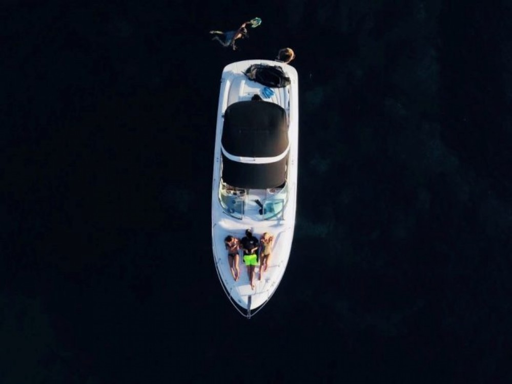 Rental yacht Maó - Sea Ray 295 Sun Sport on SamBoat