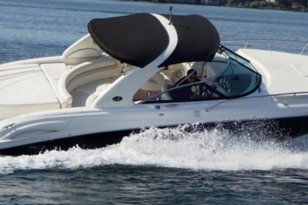 Sea Ray 295 Sun Sport between personal and professional Maó