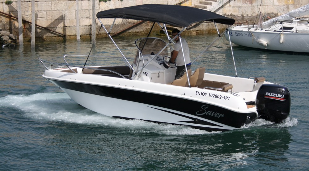 Boat rental Saver 580 open in Portugal on Samboat