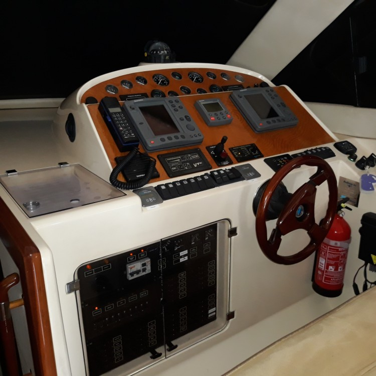 Hire Yacht with or without skipper Rodman Maó
