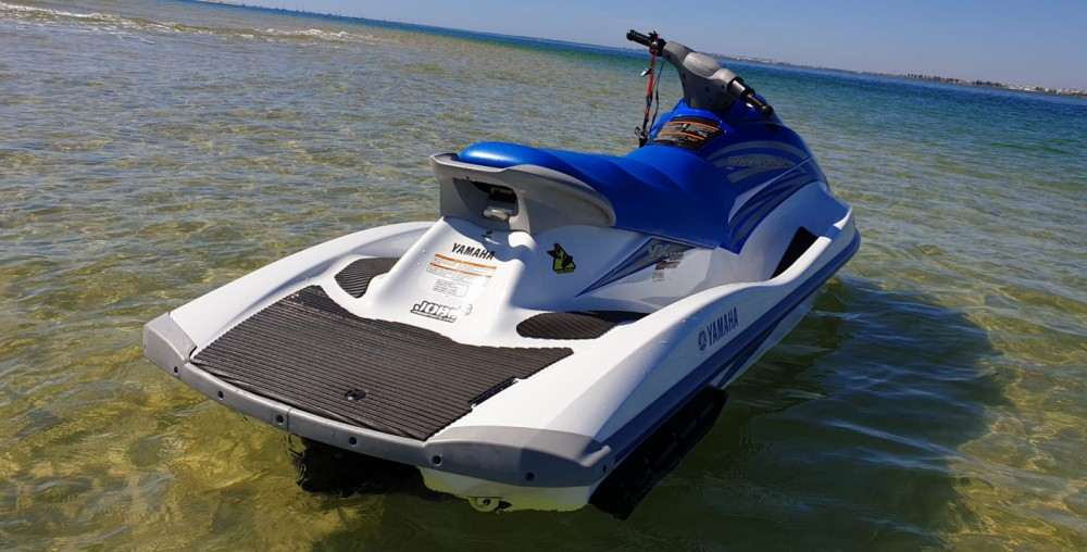 Boat rental Yamaha vx1100 in Setúbal on Samboat