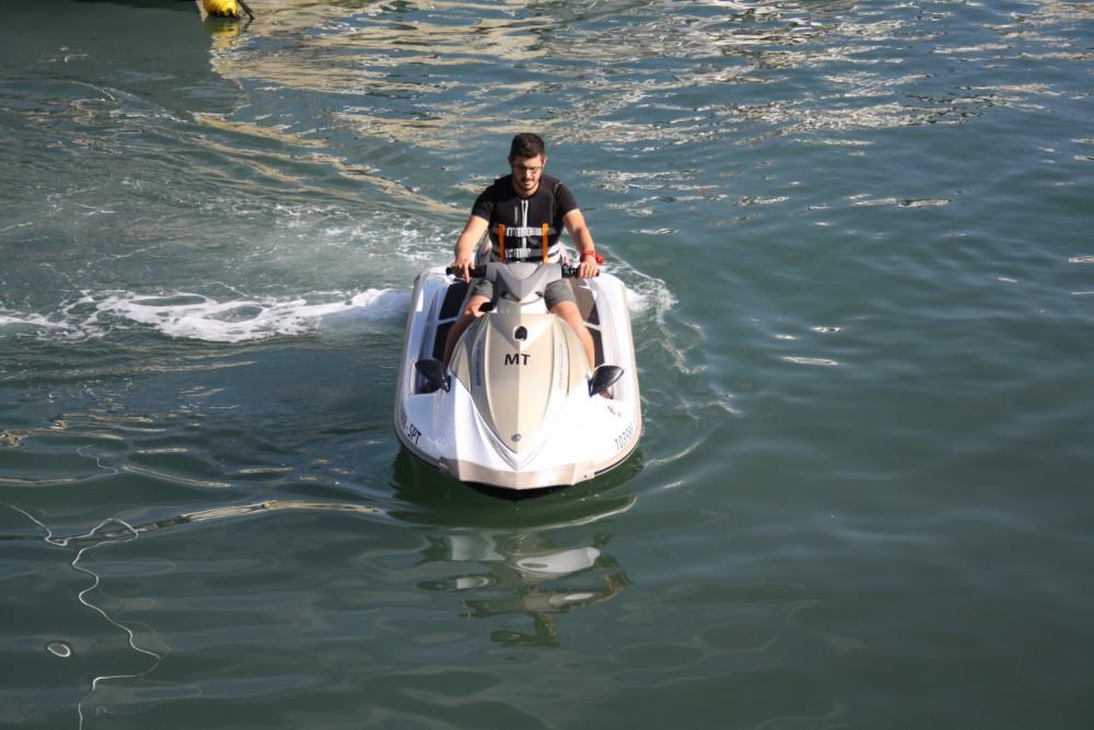 Rental yacht Setúbal - Yamaha vx1100 on SamBoat