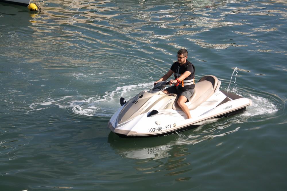 Hire Jet Ski with or without skipper Yamaha Setúbal