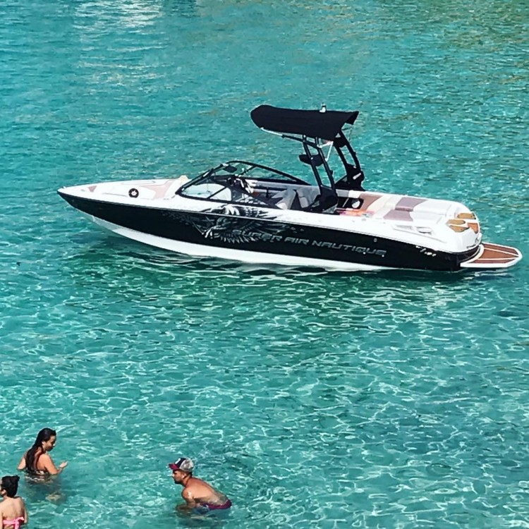 Hire Motor boat with or without skipper Nautique Correct Craft Ibiza