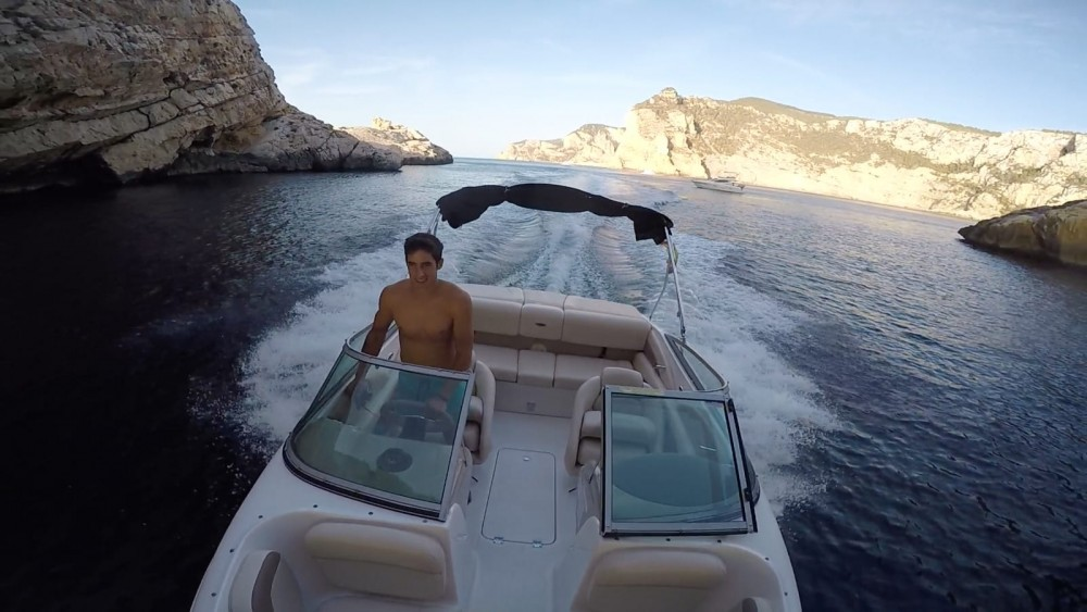Hire Motor boat with or without skipper Chaparral Eivissa