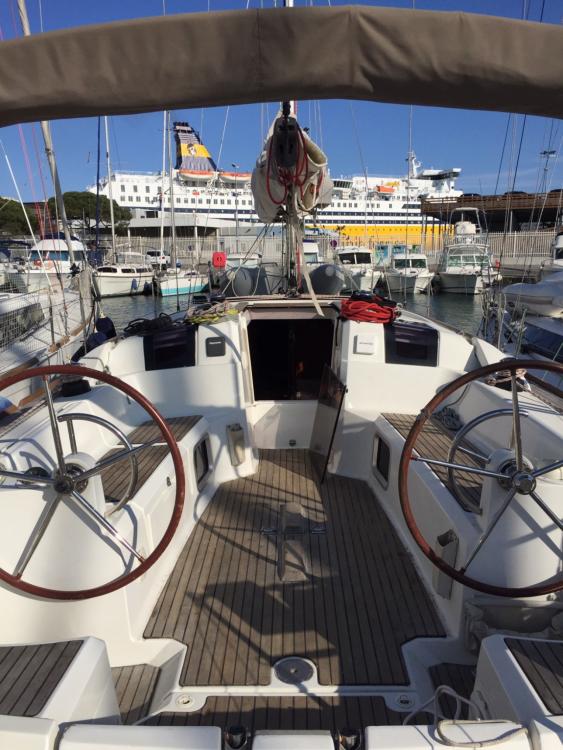 Rent a Jeanneau Sun Odyssey 379 Perf Toulon