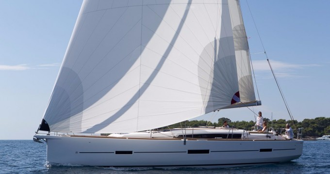 Dufour Dufour 460 Grand Large between personal and professional Le Marin