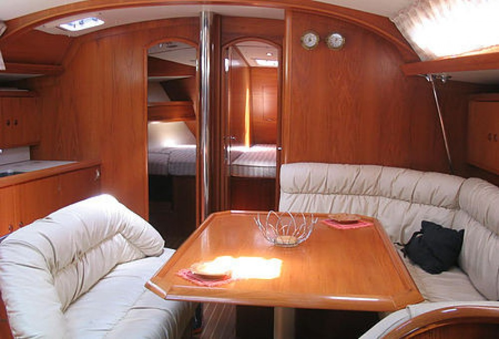 Jeanneau Sun Odyssey 45.2 between personal and professional Kalafationes