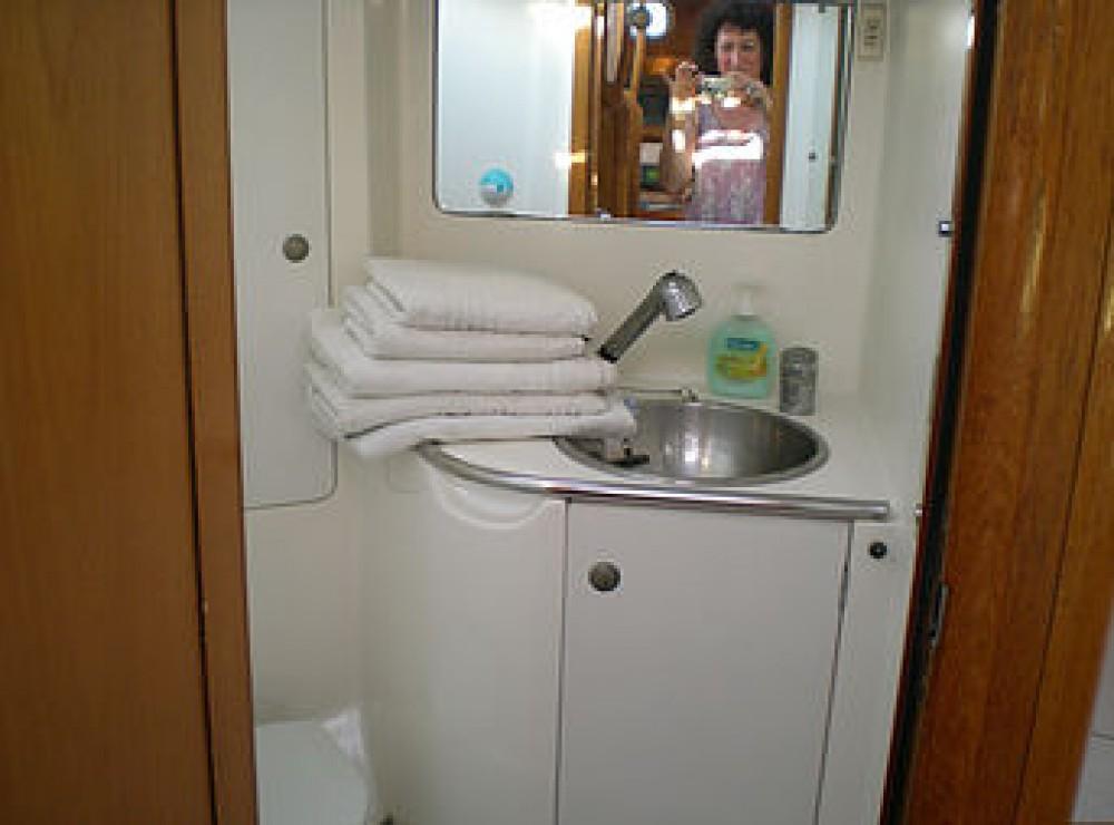 Boat rental Jeanneau Sun Odyssey 45.2 in Kalafationes on Samboat