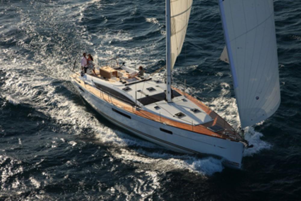 Rental Sailboat in Annapolis - Jeanneau Jeanneau 53