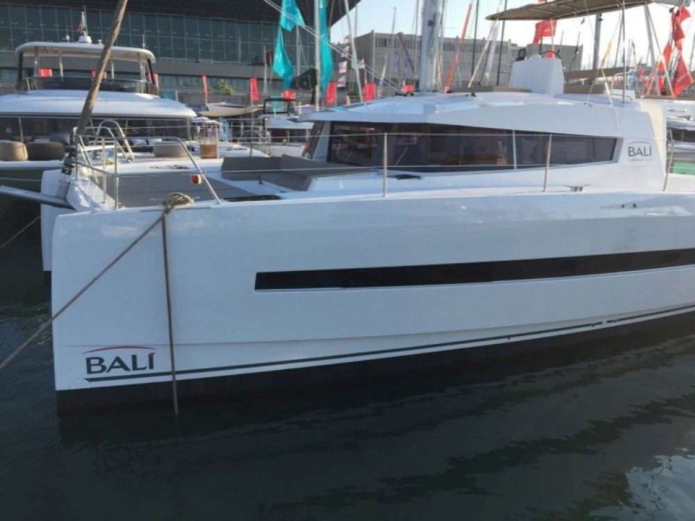 Catana Bali 4.5 between personal and professional Capo d'Orlando