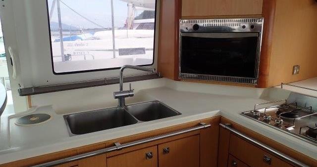 Rental yacht Phuket - Fountaine Pajot Lipari 41 on SamBoat