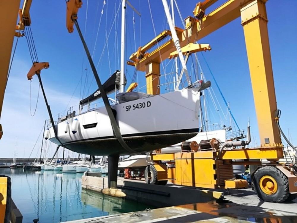 Boat rental Capo d'Orlando cheap Elan E5