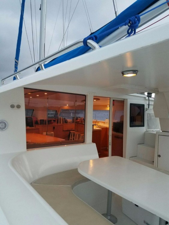 Hire Catamaran with or without skipper Fountaine Pajot Narganá
