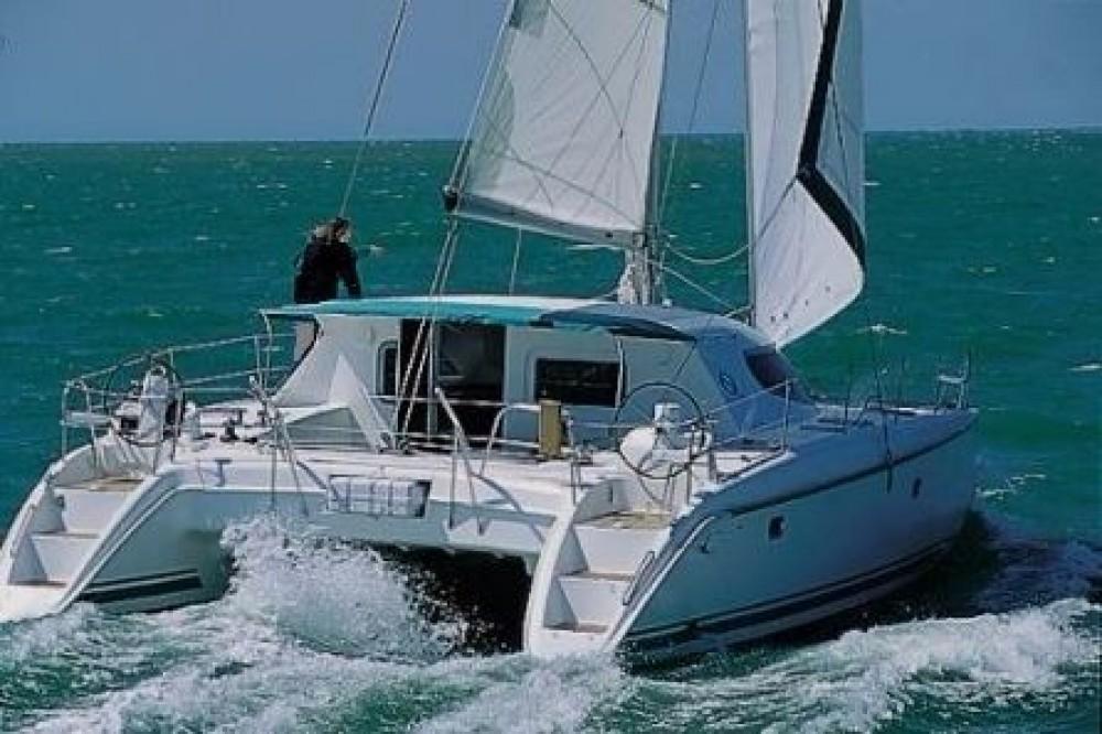 Boat rental Narganá cheap Nautitech 40