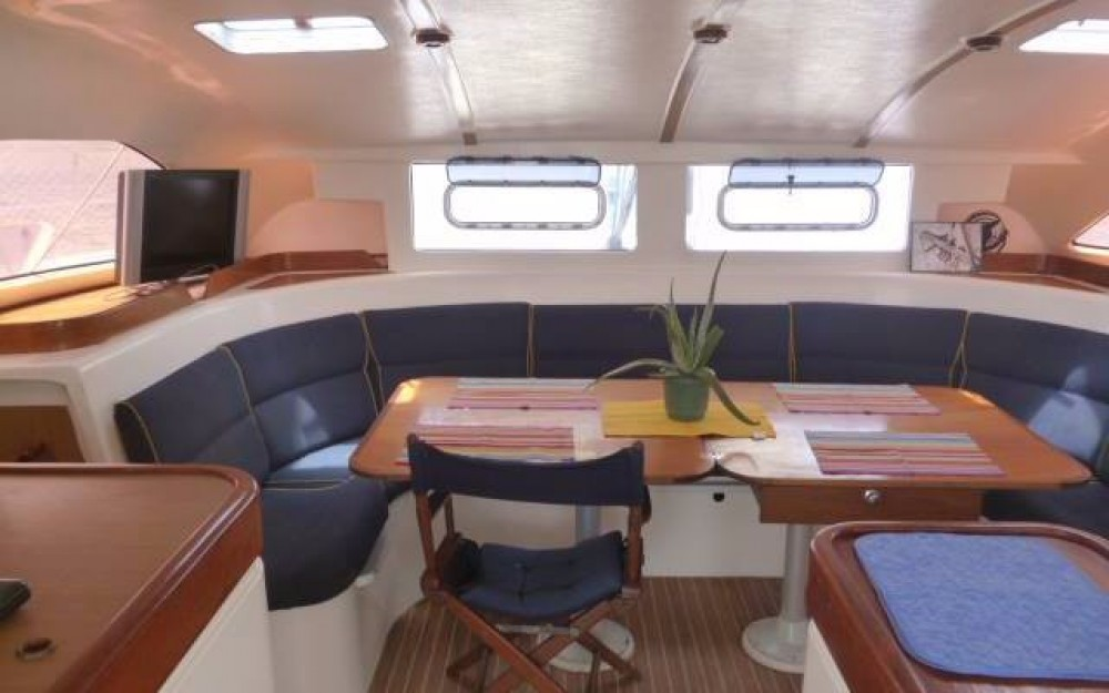 Hire Catamaran with or without skipper Nautitech Narganá
