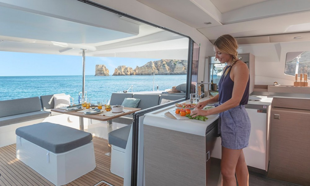 Boat rental Fountaine Pajot Fountaine Pajot 45 in Tourlos on Samboat