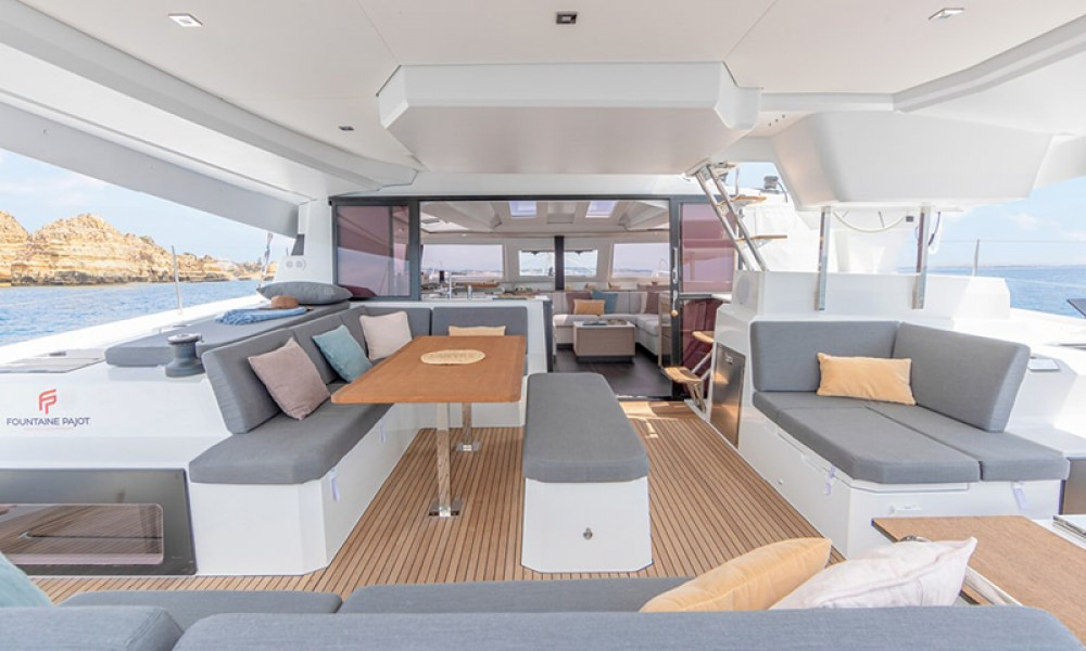 Boat rental Athens cheap Fountaine Pajot 45