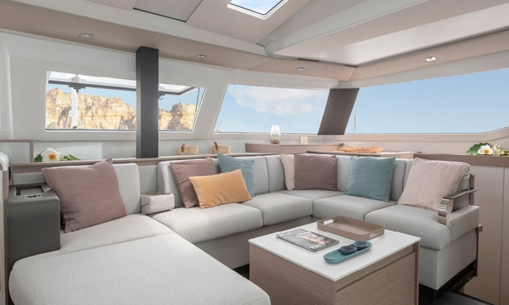 Boat rental Fountaine Pajot Fountaine Pajot 45 in Athens on Samboat
