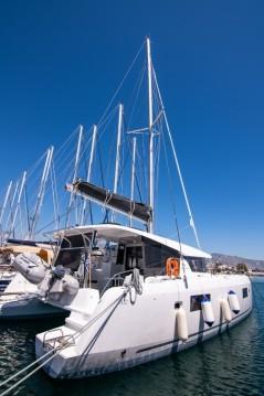Rental Catamaran in Paros Island - Lagoon Lagoon 42