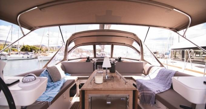 Boat rental Λαύριο cheap Dufour 520 GL