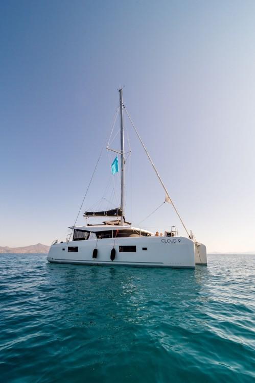 Rental Catamaran in Laurium - Lagoon Catamaran Lagoon 42