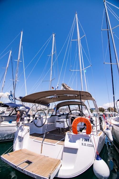 Rental yacht Atene - Jeanneau Sun Odyssey 519 on SamBoat