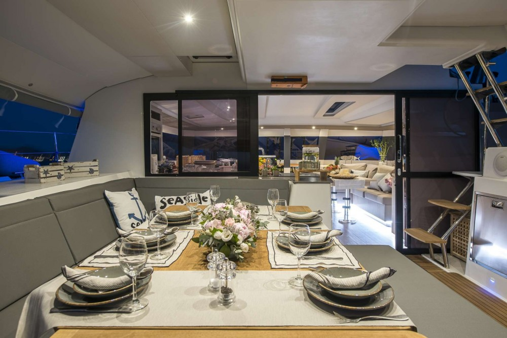 Hire Catamaran with or without skipper Fountaine-PajotCatamaran Athens