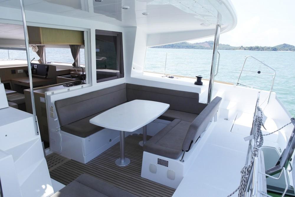 Rental yacht Phuket - Lagoon Catamaran Lagoon 400 on SamBoat