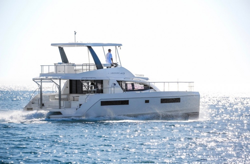Hire Catamaran with or without skipper Leopard Cartagena