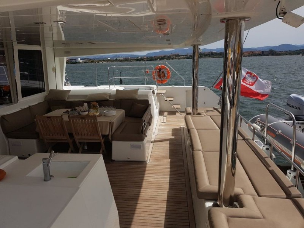 Rental yacht Martinique - Lagoon Lagoon 560 on SamBoat