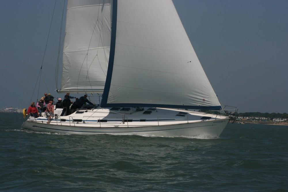 Rental Sailboat in Hamble Point Marina - Bavaria Bavaria 47