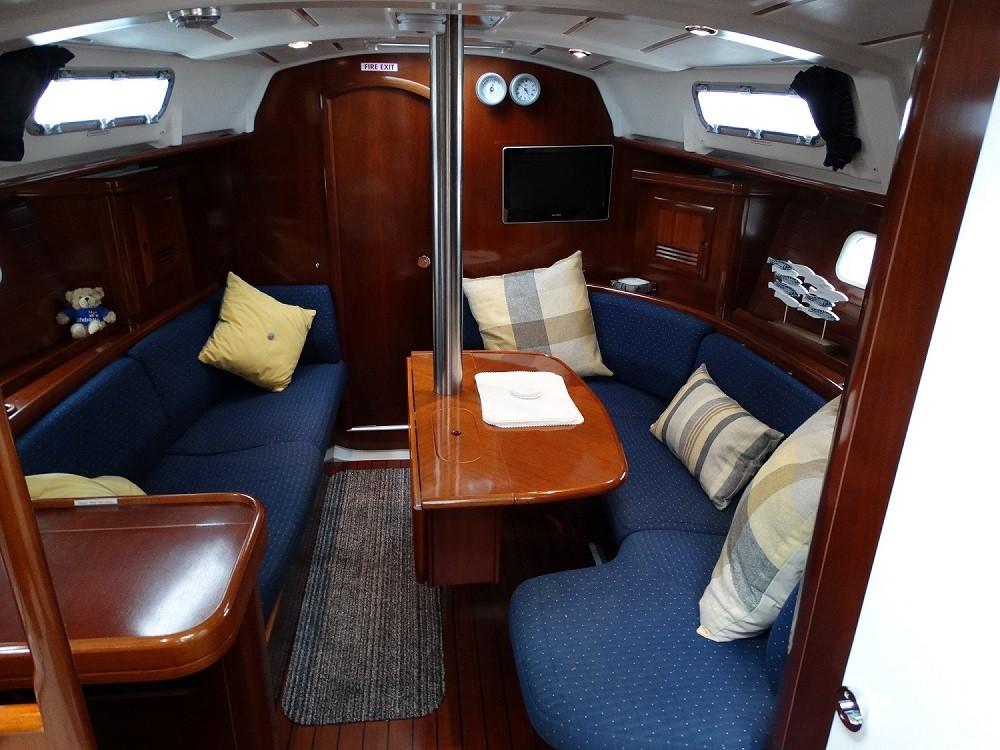 Boat rental Eastleigh cheap Beneteau 36