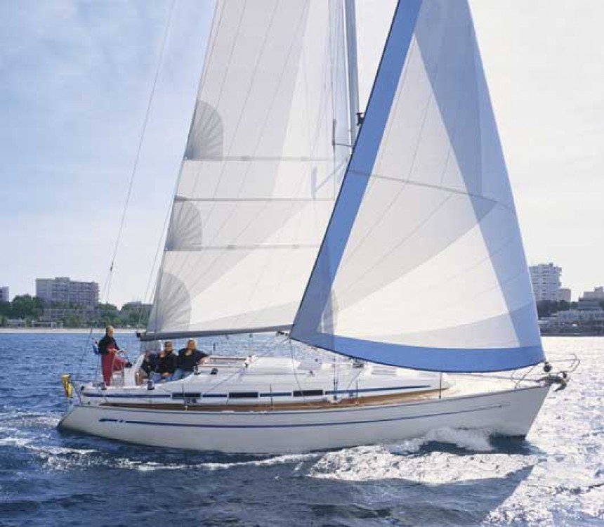 Rent a Bavaria Bavaria 36 Hamble Point Marina