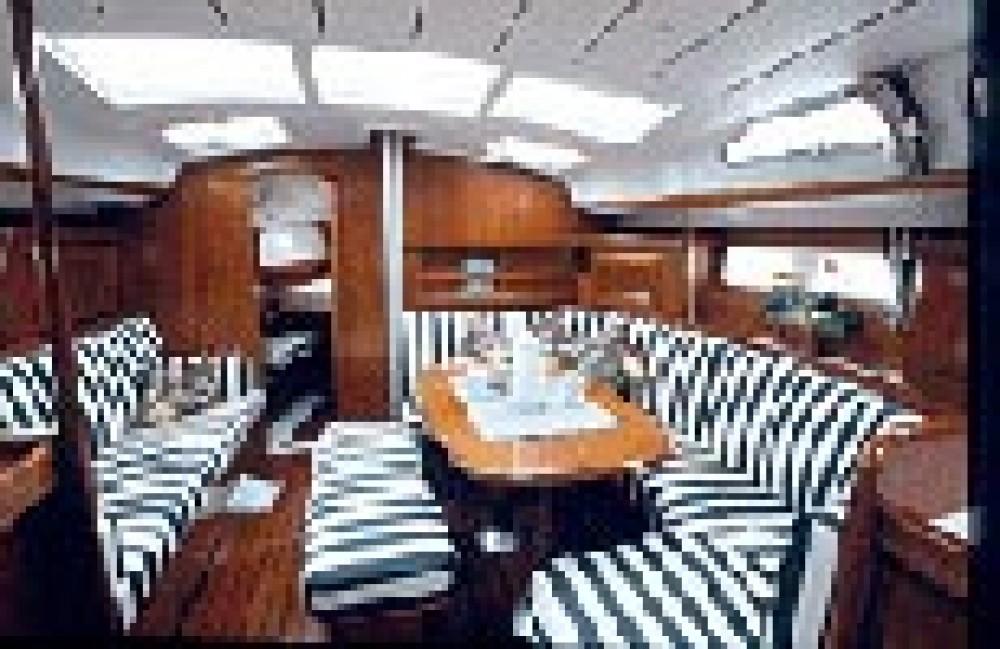 Rental yacht Hamble Point Marina - Bénéteau Oceanis 423 on SamBoat