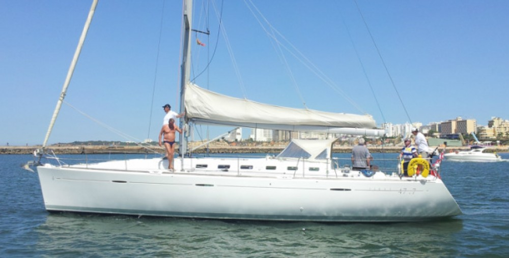 Sailboat for rent Algarve at the best price
