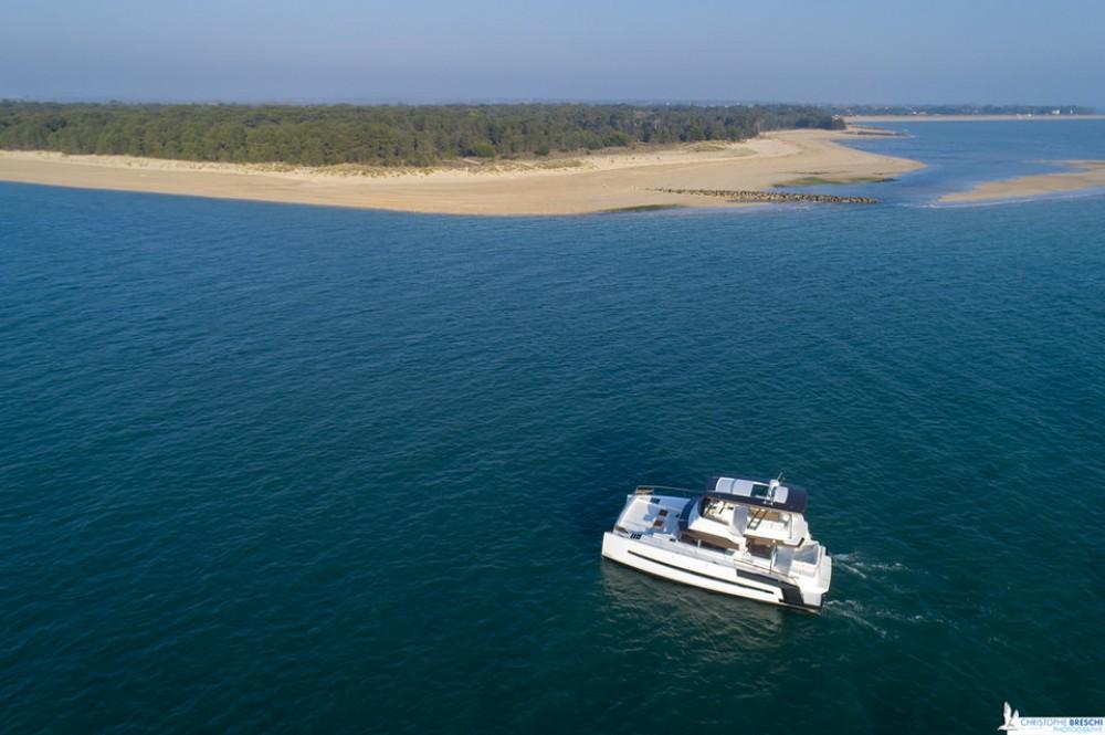 Rental Catamaran in Nassau - Bali Power Catamaran Bali 4.3 MY