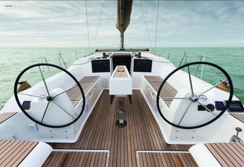Rental Sailboat in Nassau - Dufour Dufour 382 Grand Large