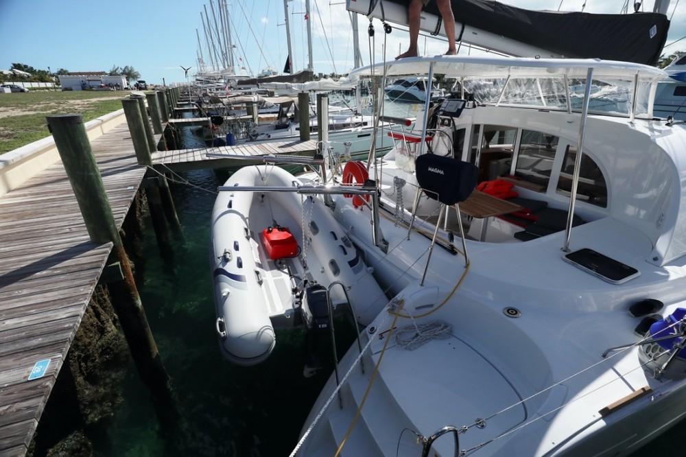 Rent a Lagoon Lagoon 380 Nassau