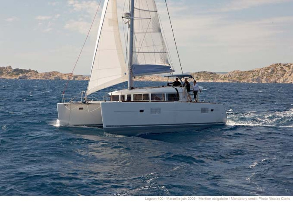 Rental Catamaran in Nassau - Lagoon Lagoon 400 S2