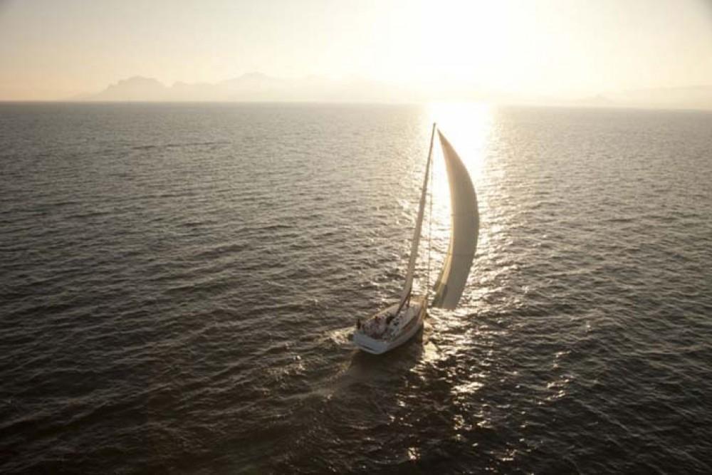 Boat rental Jeanneau Sun Odyssey 409 in Nassau on Samboat