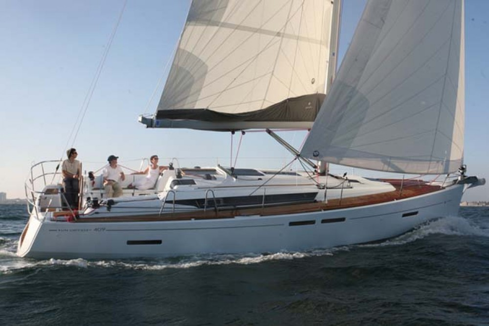 Jeanneau Sun Odyssey 409 between personal and professional Nassau