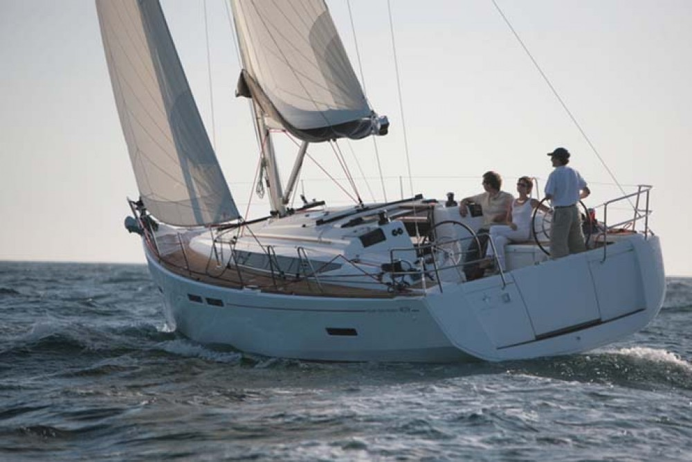 Jeanneau Sun Odyssey 409 between personal and professional Rouses Point