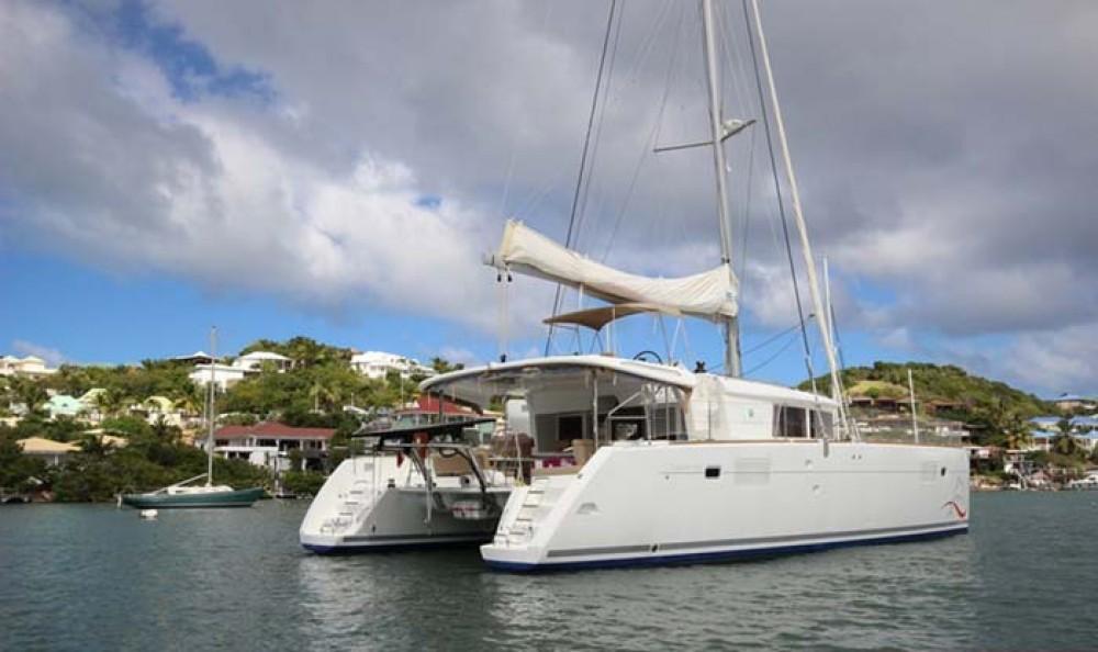 Boat rental Lagoon Lagoon 450 in Nassau on Samboat