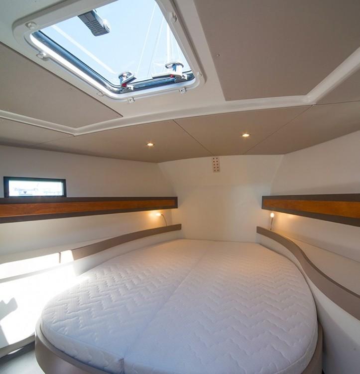 Rental yacht  - Rm Bavaria 36 on SamBoat